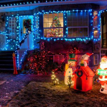 holiday-lights-save-time-money-christmas